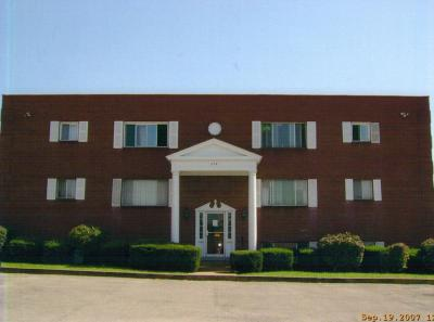 779 Chestnut Ridge Manor Apt. 103